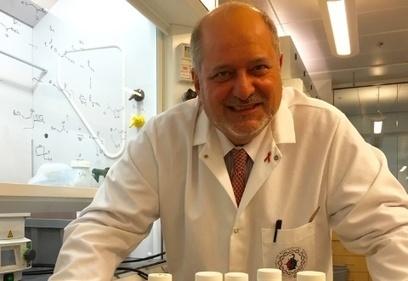 Halló la cura de la hepatitis C, se hizo millonario y va por el Nobel - Perfil.com | aprender a emprender | Scoop.it
