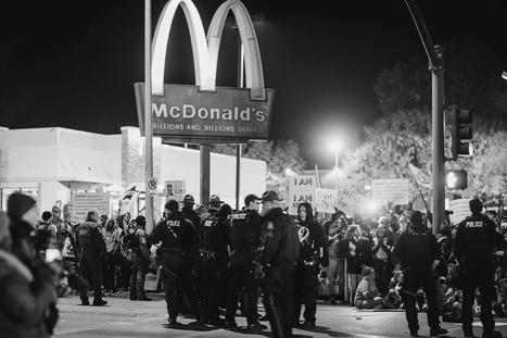 PICTURES: Fast Food Workers Arrested for Demanding a Living Wage | PSLabor:  Your Union Free Advantage | Scoop.it