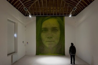 These Artists Use Grass as Their Palette | Vertical Farm - Food Factory | Scoop.it
