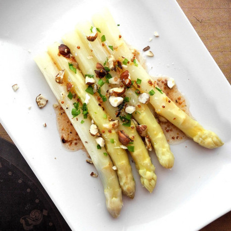 Asperges blanches, vinaigrette au miel et à la noisette | Le cri de la courgette... La newsletter | Scoop.it