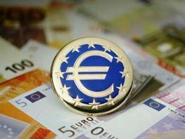 Euro gets reprieve, but policy, growth risks cap upside - Economic Times | Euro  Crisis | Scoop.it