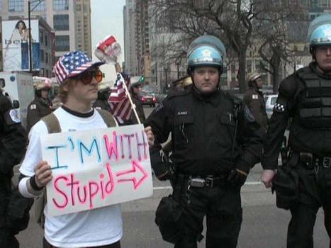 Se confirma lo que TODOS suponíamos... en EEUU SOLO contratan a medio tontos como policía | La R-Evolución de ARMAK | Scoop.it