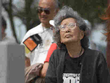 Yuri Kochiyama, Activist And Former World War II Internee, Dies At 93 | Some Things Japanese | Scoop.it