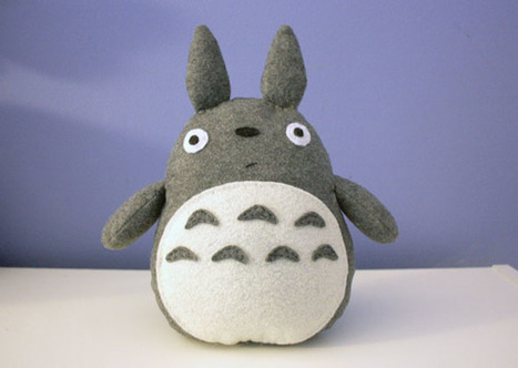 DIY Totoro Plush Tutorial : cheek and stitch | Couture facile | Scoop.it