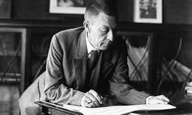 Vladimir Putin to purchase Sergei Rachmaninoff's archive and estate? | Muzibao | Scoop.it