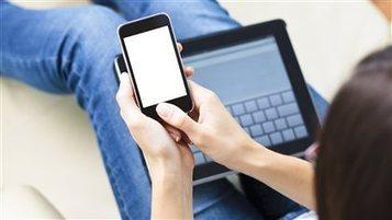Les Canadiens disent passer près de 90 % de leur temps libre devant un écran | ICI.Radio-Canada.ca | Un peu de tout pour toutes et tous | Scoop.it