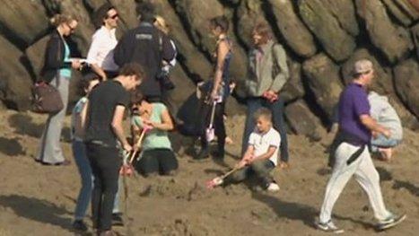 Thirty gold bars buried on beach | Diamonds, Gold & Jewellery | Scoop.it