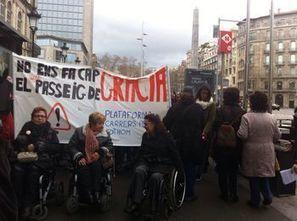 Carrers per a tothom es manifesta contra el nou passeig de Gràcia i acusa Trias de no haver consensuat la reforma   En torno a la silla   Scoop.it