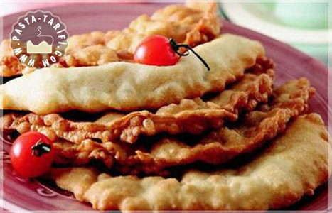 Yufka Böreği Tarifi | Poğaça Tarifleri - Börek Tarifleri | Scoop.it