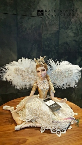 Katherine's Collection Royal Christmas Doll   Buy Christmas Decorations   Christmas Table Displays   Scoop.it