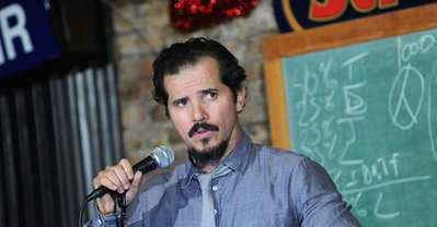 John Leguizamo Says High School History Makes Latinos Feel 'Invisible' | Community Village Daily | Scoop.it