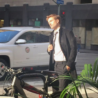 New Pictures of Robert Pattinson Doing a Photoshoot in LA | Robert Pattinson Daily News, Photo, Video & Fan Art | Scoop.it