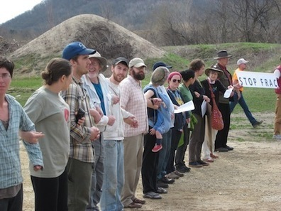 35 Arrested Protesting Frac-Sand Mining Facilities   EcoWatch   Scoop.it