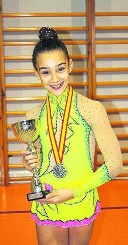 La zarauztarra Anne Lezea, subcampeona estatal de gimnasia rítmica