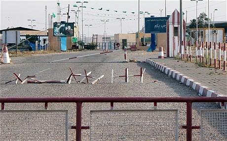 Libya: rebels 'seize Tunisia border post' - Telegraph | Coveting Freedom | Scoop.it