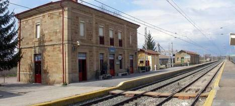 Spanish train driver leaves 109 passengers stranded at end of shift | spanish news in english | Scoop.it