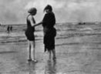 Before the Bikini: Rare Vintage Beach Photos | Antiques & Vintage Collectibles | Scoop.it