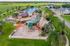 Enjoy Vacation Lavishly At a Luxury El Campo Hotel TX | Articles | Scoop.it