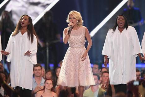 CMT Music Awards 2013: Carrie Underwood honors Oklahoma in moving tribute ... - New York Daily News | Around the Music world | Scoop.it