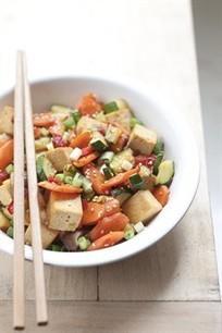 Larousse Cuisine - Sauté de tofu mariné aux légumes   Cuisine   Scoop.it