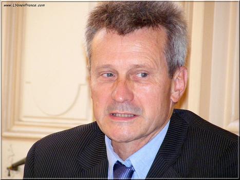 Thierry Magnin, Recteur de l'UCLY | Photos de LYonenFrance | LYFtv - Lyon | Scoop.it