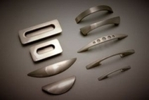 Kitchen Cabinet Handles - Styles That Show Off Its Elegance | Helpful Guides For Drawer Runners For Your Cabinets | Scoop.it