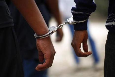 Capturan a policía junto a un cabecilla de pandilla en Santa Ana | El Salvador: Registros del Delito | Scoop.it