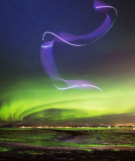 Watch paraglider's stunning dance in the sky with the Northern Lights | Paragliding | Scoop.it