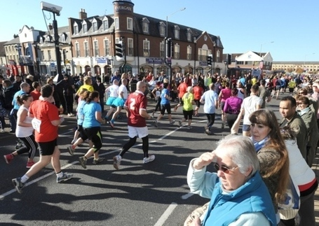 Werrington Jogger taken 2 hospital after collapsing @ Great Eastern Run finish line | South Werrington and North Gunthorpe | Scoop.it
