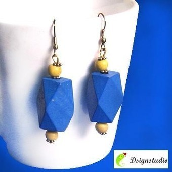 Blue Wooden Earrings - Craftsia - Indian Handmade Products & Gifts | Indian Handmade Jewelry | Scoop.it