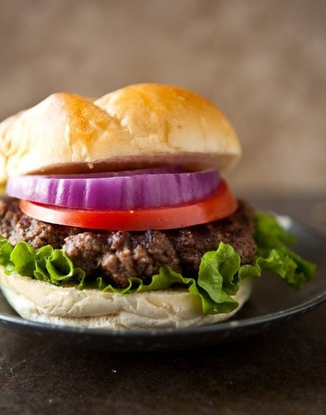 The Classic Hamburger | Eclectic Recipes | À Catanada na Cozinha Magazine | Scoop.it