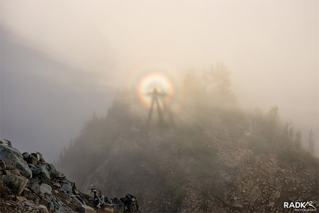 Climbers create their own amazing shot of 'Brocken Spectre' | Vloasis sci-tech | Scoop.it