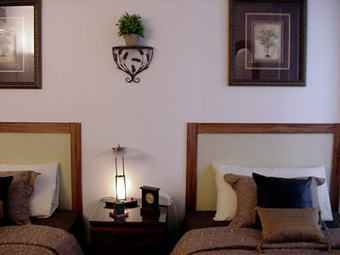Unpretentious Style: Inexpensive DYI Headboard   Tips and ideas for your home.   Scoop.it