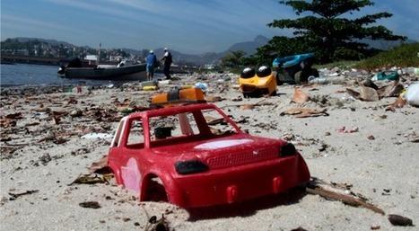 Mondial: à Rio, les supporters de foot nageront dans les excréments humains | Slate | Oufff | Scoop.it