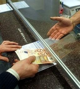 Banche, sofferenze in aumento Nuova stretta ai prestiti: -3,3% - Repubblica.it | IF Moneta | Scoop.it