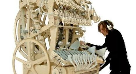Music Machine Powered By 2,000 Marbles And A Hand Crank Is Insanely Ingenious | Paper Rock | Scoop.it