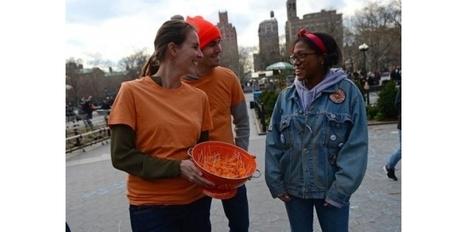 Manifestation pour défendre la mimolette en plein coeur de New York | The Voice of Cheese | Scoop.it