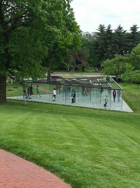Glass Labyrinth, An Interactive Glass-Walled Labyrinth Installation by Artist Robert Morris | Culture encore active | Scoop.it