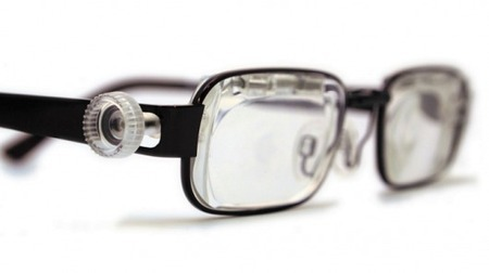 Self-Adjustable Glasses Designed for the Developing World | Geek Therapy | Scoop.it