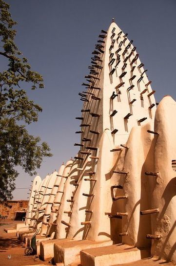 The Bobo-Dioulasso Mud Mosque, Burkina Faso | Actions Panafricaines | Scoop.it