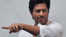 """Breathe Taking Stunt Sequences in SRK's """"Dilwale"""" 