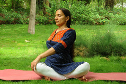 Yoga for Back Pain   Art of Living   Scoop.it