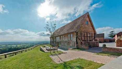 Manželia zrekonštruovali stodolu zo 14. storočia! Dopadlo to výborne!   domov.kormidlo.sk   Scoop.it