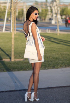 White Sunglasses Fashion With White Costume | News for Fashion | Scoop.it