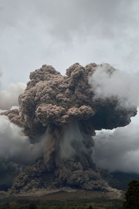 Mount Sinabung Volcano Erupts in Indonesia, Displaces 20,000. | Why Geology Rocks | Scoop.it