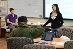 Rewards of Role Reversal: Teachers Learn, Students Teach | MindShift | #change11 MOOC | Scoop.it