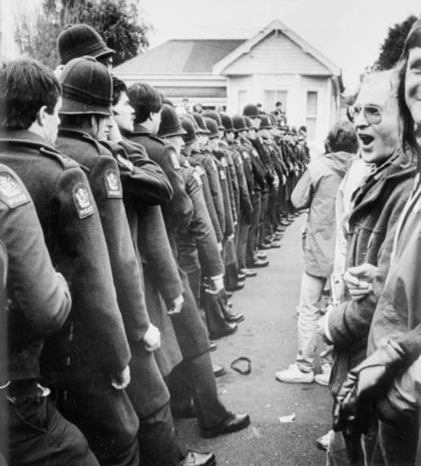 Springbok tour protesters, 1981 – Government and sport – Te Ara Encyclopedia of New Zealand | Springboks | Scoop.it