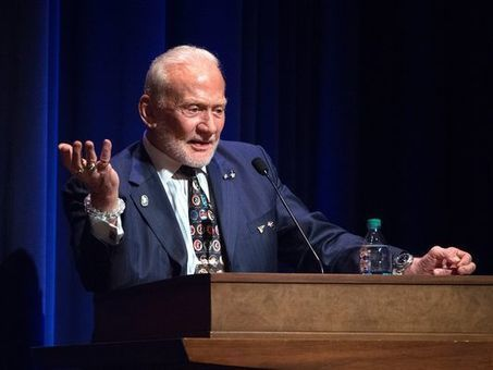 Buzz Aldrin impressed by Purdue's plan for Mars | Space matters | Scoop.it