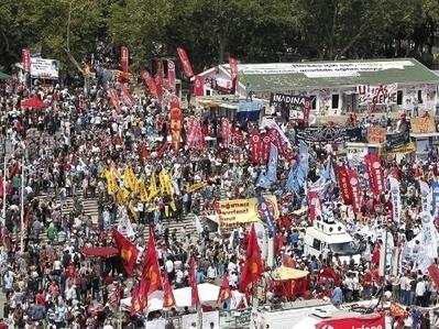 Arresta policía turca a 25 tuiteros tras protestas en Estambul   Aspectos Legales de las Tecnologías de Información   Scoop.it