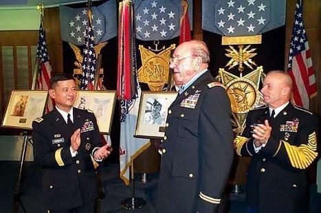 Captain Ed Freeman was awarded the Medal of Honor for his heroism under fire. - El Estándar | IB Lang Lit | Scoop.it